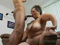 Smut Granny preview #3